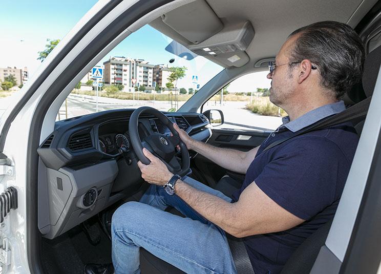 Buena posición al volante